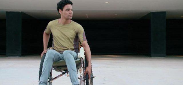 Netflix'in Tekerlekli Sandalyeli Dehalı Distopik Dizisi 3%