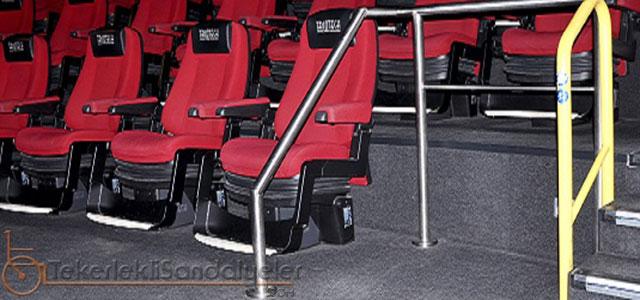 tekerlekli sandalye uygun sinema salonları